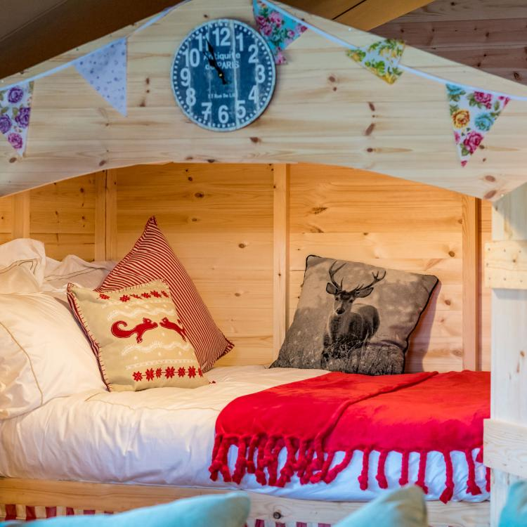 Child Friendly Glamping Shillingridge Family Marlow