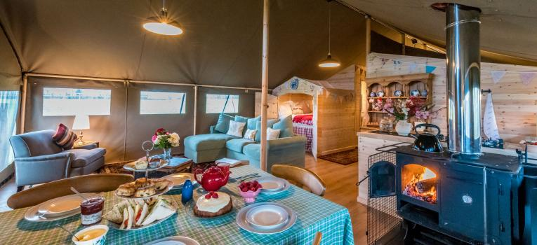 Shillingridge Glamping Safari Tent Living Dining Area
