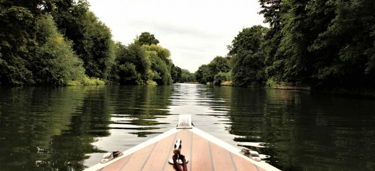 Exploring river Thames by Boat