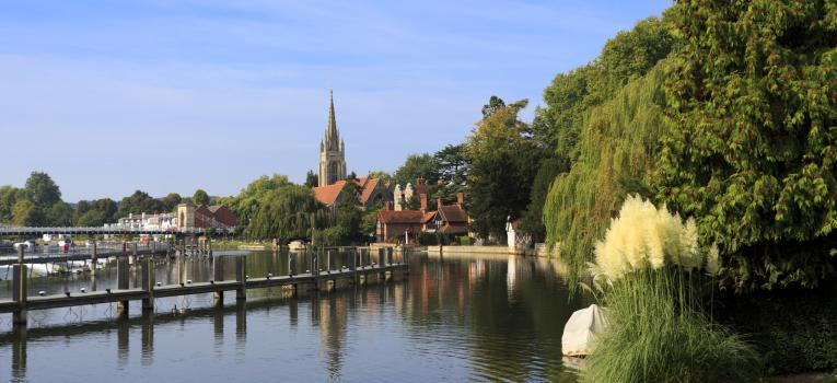 The church and weir at Marlow